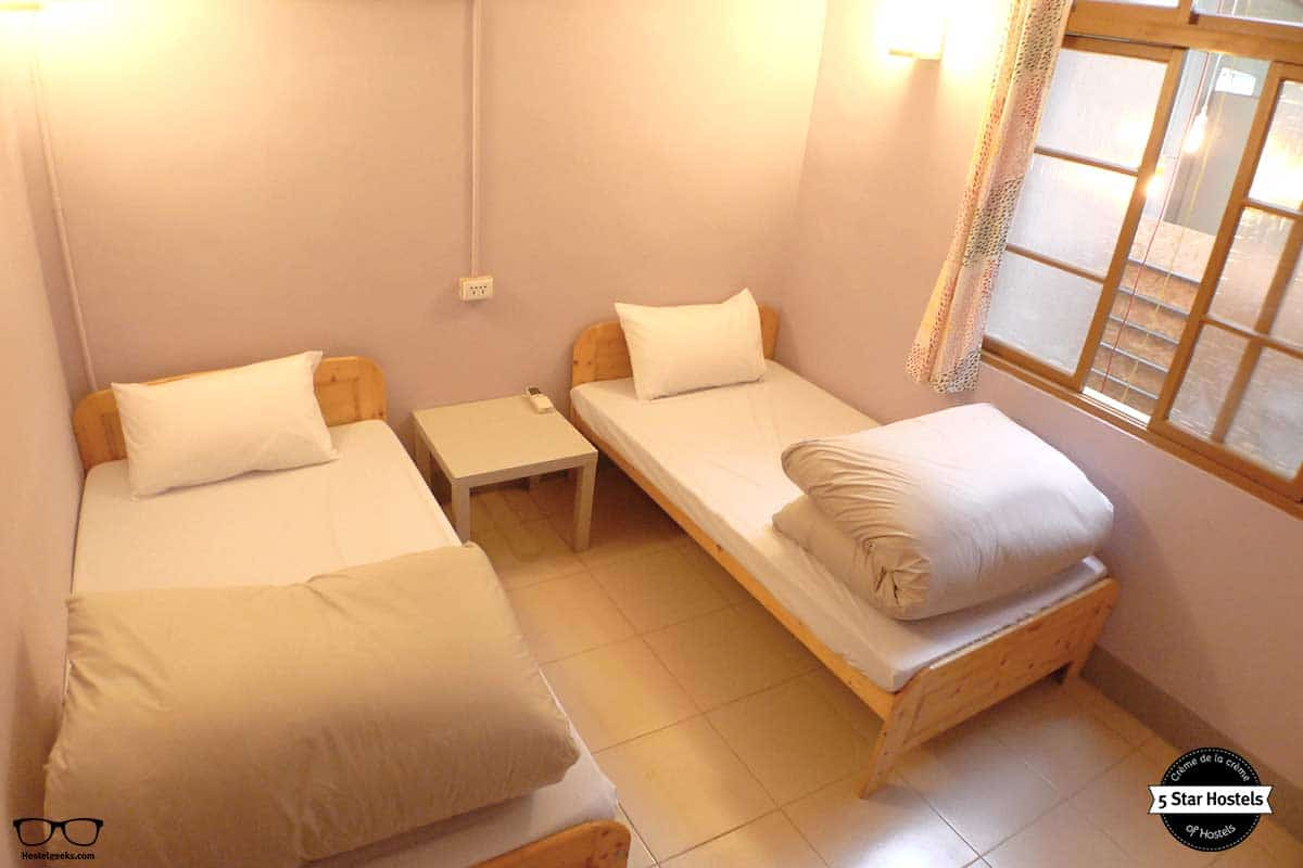Private Twin Room at Puli Center Center Hostel