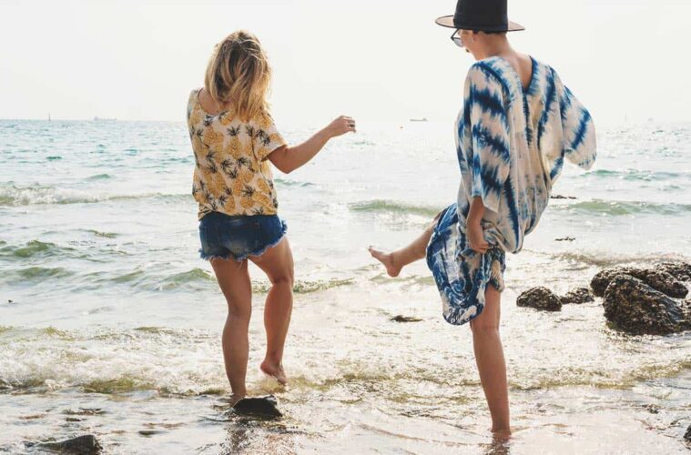 Best 10 Songs For Backpackers Exploring the World