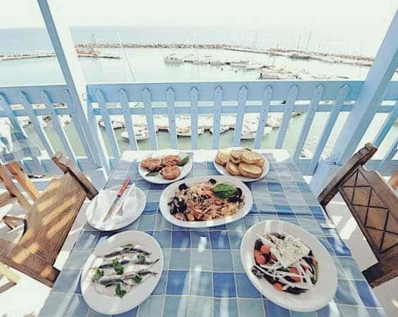 To Psaraki Vlychada Santorini Restaurant