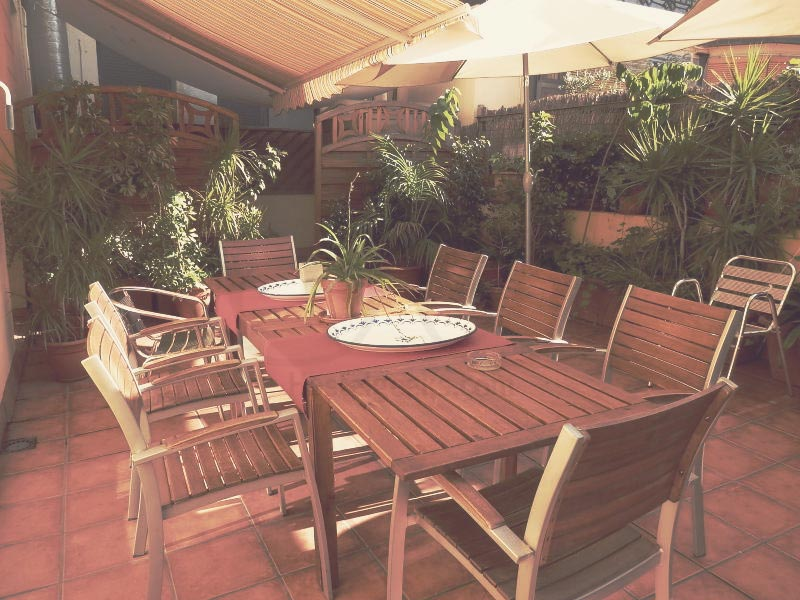 Barcelona Central Garden Design Hostel in BCN