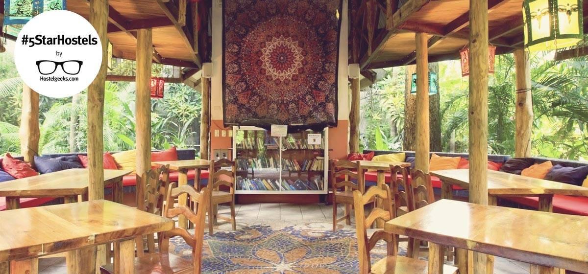 5 Sterne Hostel in Santa Teresa - Casa Zen Guesthouse
