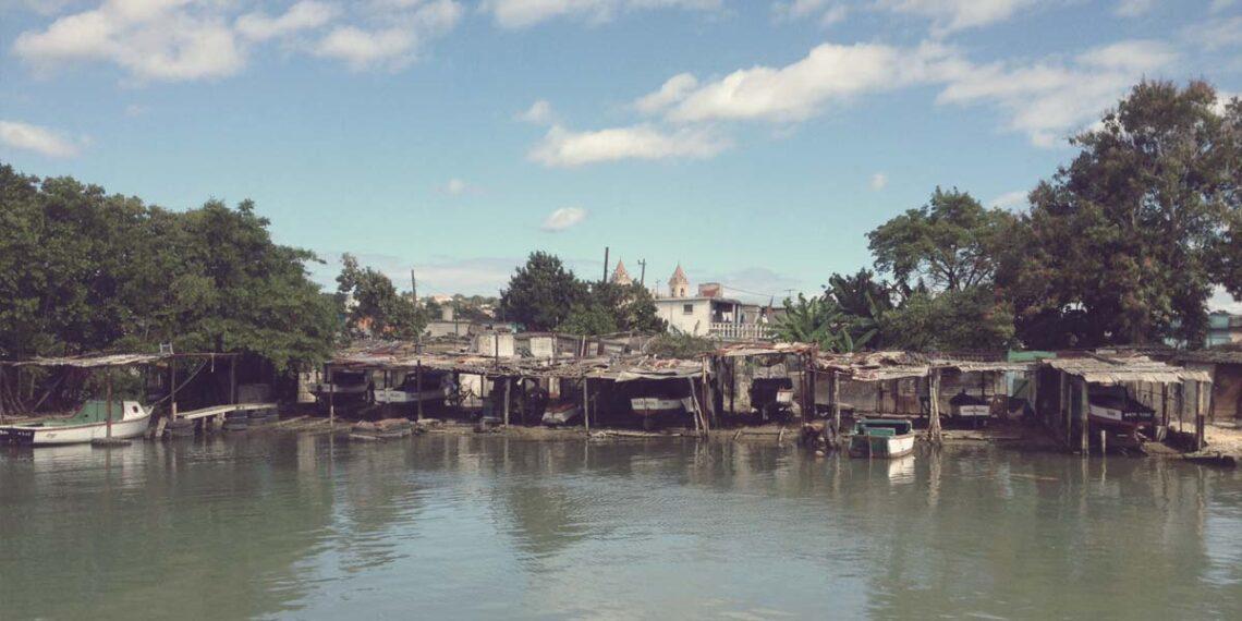 Stumbling across Live Piano Music in Matanzas, Cuba