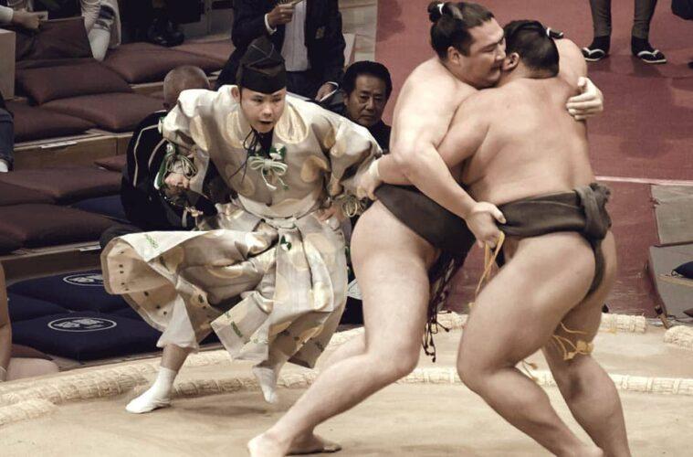 10 Hours of Big Boys fighting - Sumo in Japan