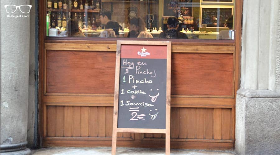 """Eat """"Pintxos"""" and Tapas in Poble-Sec and get a free smile!"""