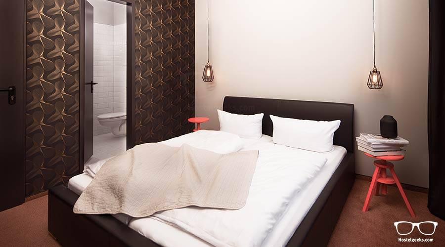 Valencia Lounge Hostel : Russafa youth hostel in valencia room deals photos reviews