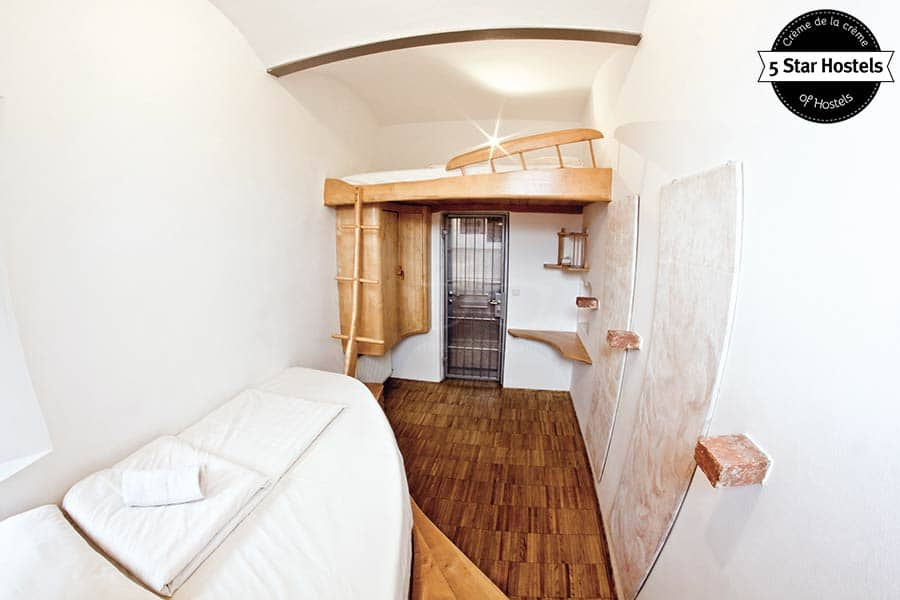 Stay with your buddy in crime at this twin Room!