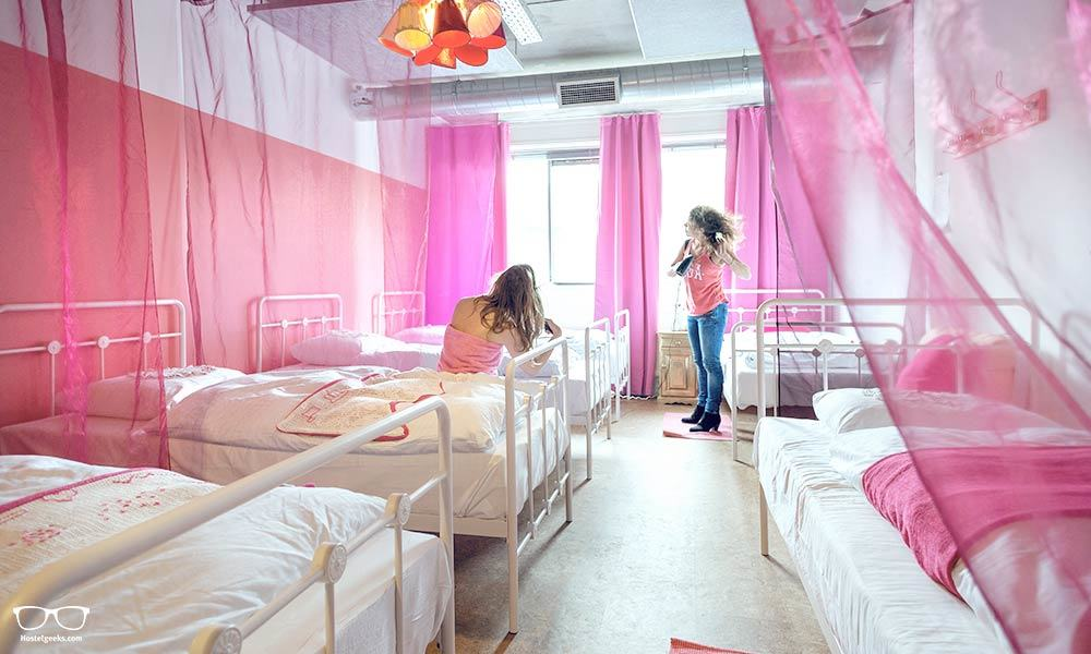 Quirky girls room at Ecomama Hostel Amsterdam