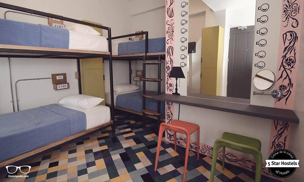 Digital Nomad Hostel - Makati Junction Hostel