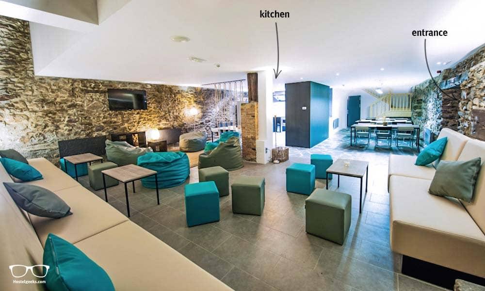 The heart of Mountain Hostel Tarter, the stylish lounge