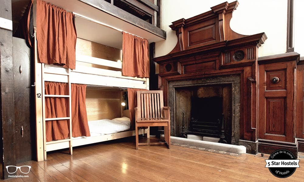 Palmers Lodge Swiss Cottage in London