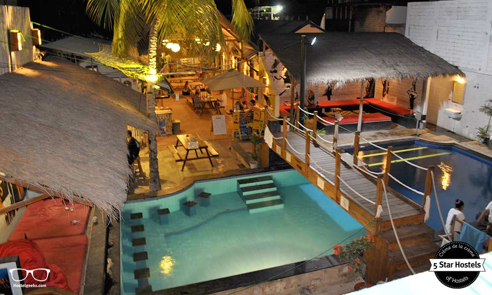 Gili Castle and Hostel by night