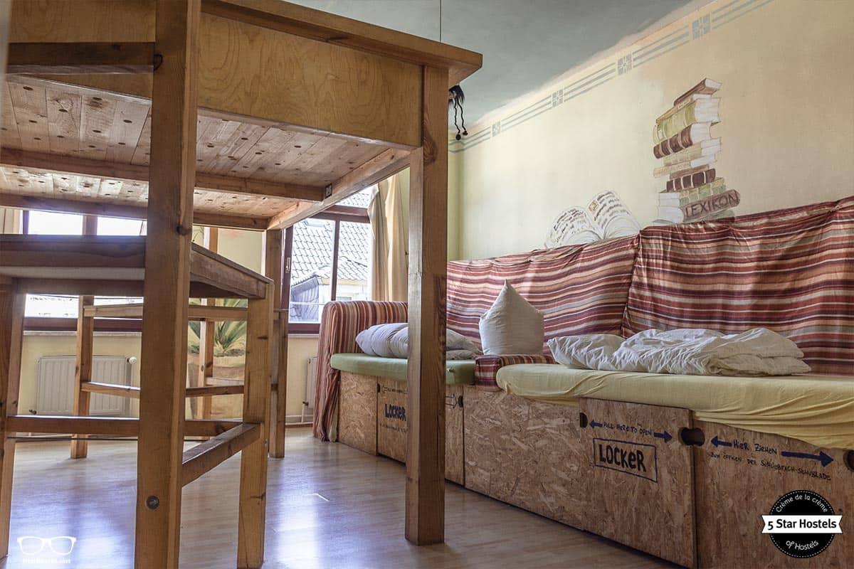 Das Giganten Zimmer im Lollis Homestay