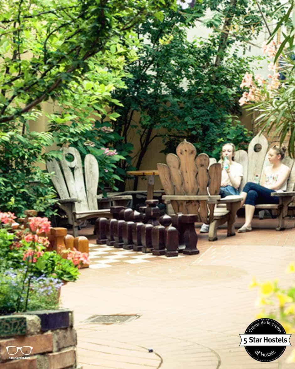 Relax at Hostel Ruthensteiner Garden in vienna