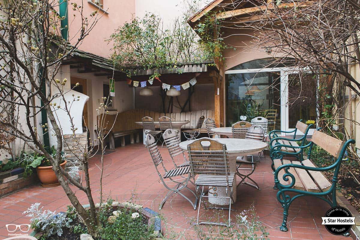 The famous garden at Hostel Ruthensteiner