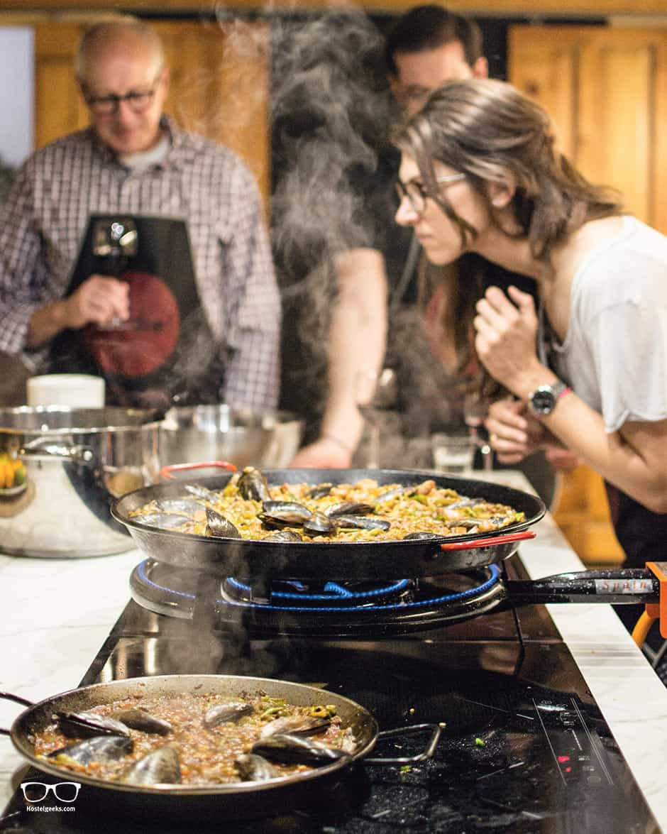 Cooking a homemade Paella with Foodie Experience Barcelona