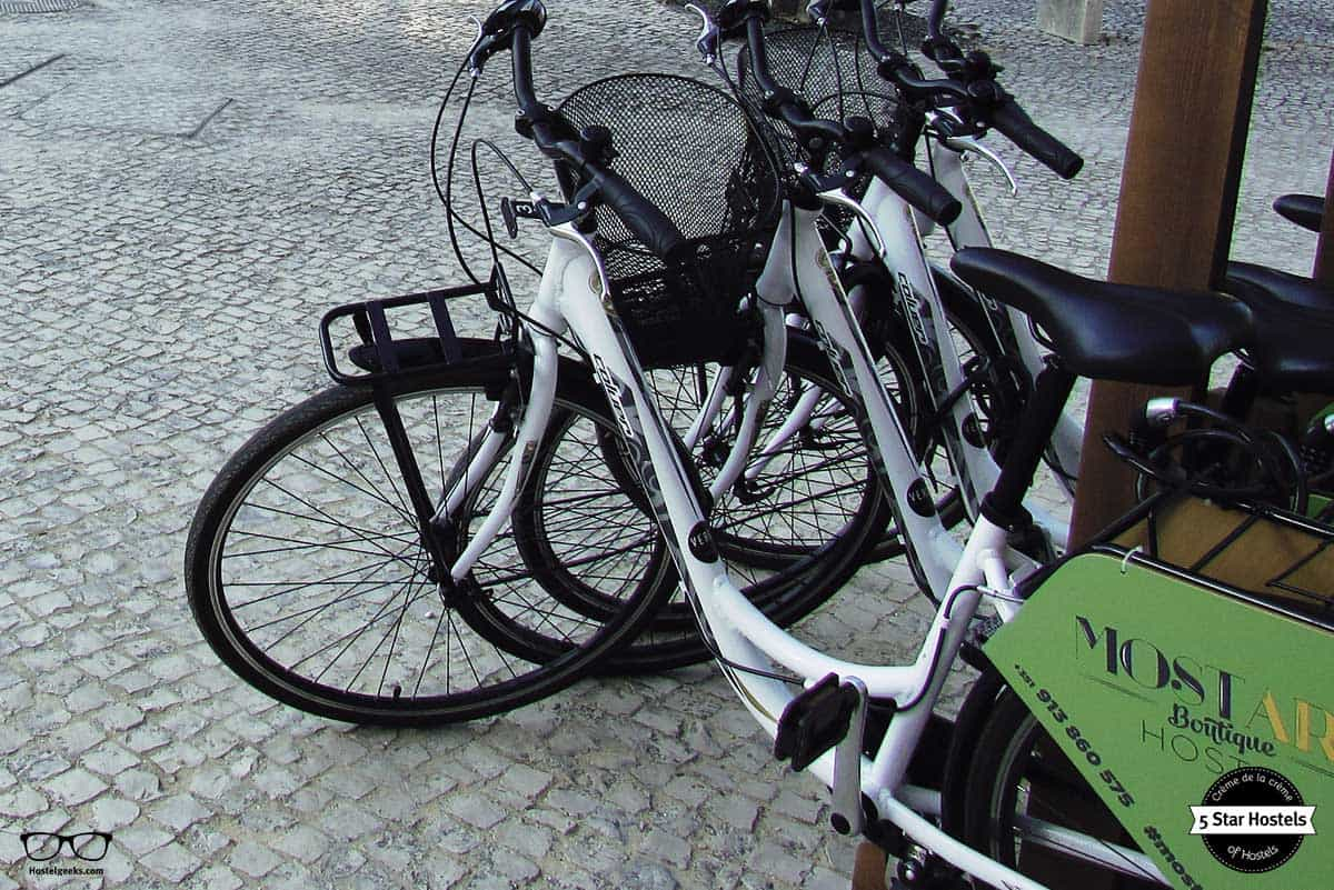 Rent a bike and discover Leiria at Most art boutique Hostel