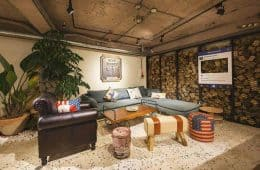 Beimen WOW Poshtel - 60s hotel turns into 5 Star Hostel