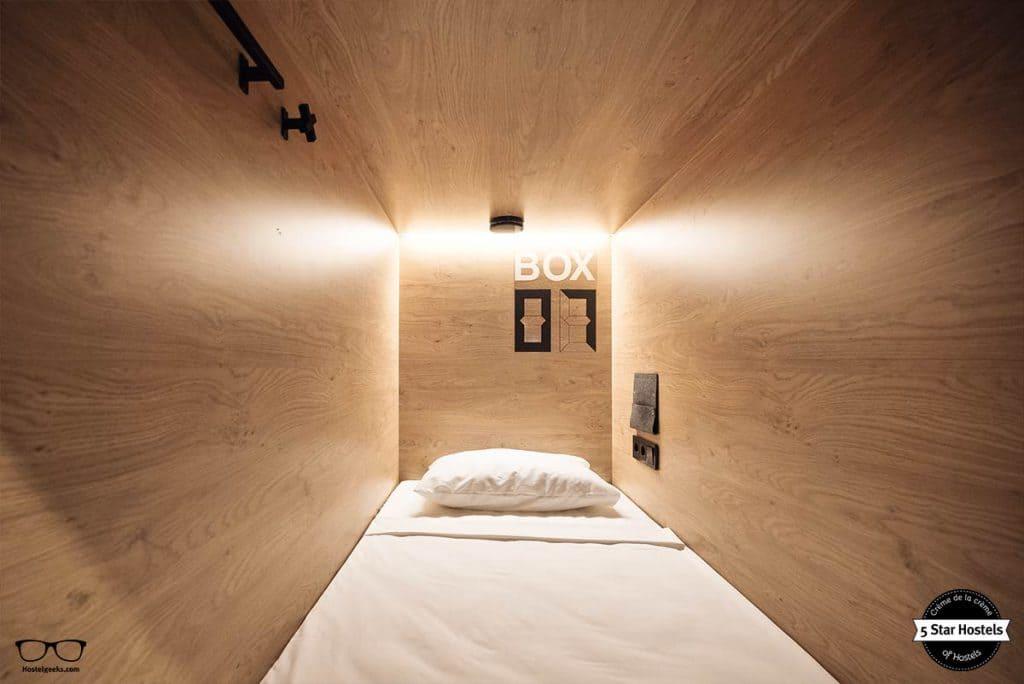 Smartbox bed at inBox Capsule Hotel Saint Petersburg