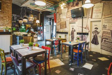 The famous Swanky Mint Hostel Bar