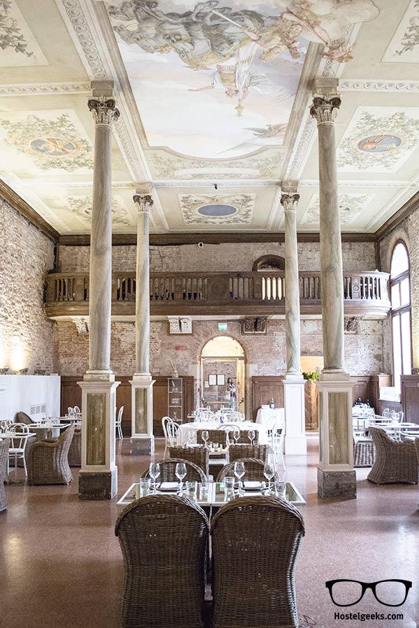 Stunning ceiling at We Crociferi