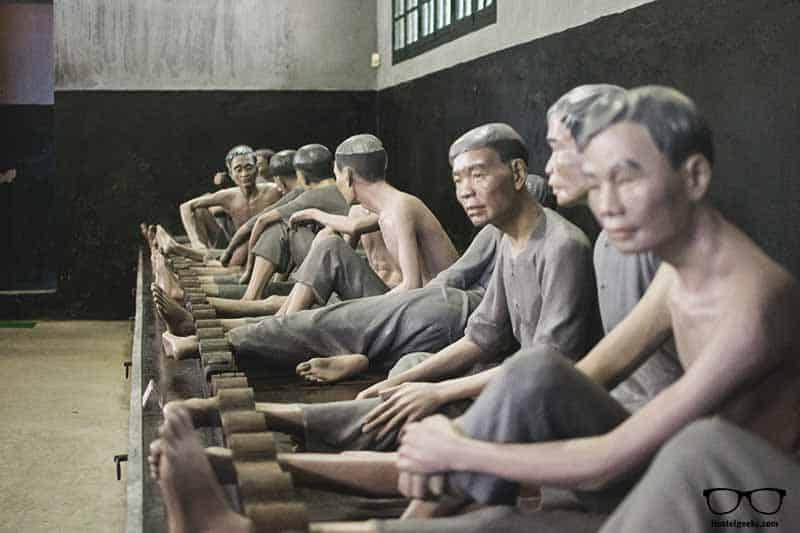 visit Hỏa Lò Prison, a museum