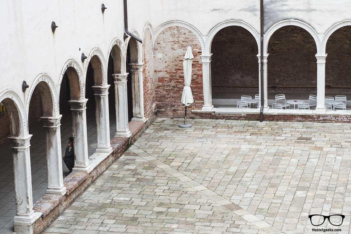 Old Monastery We Crociferi Hostel Venice