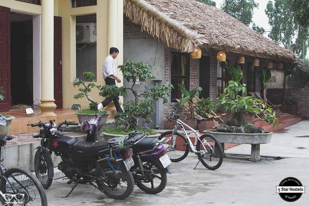 Motor bikes parking for free