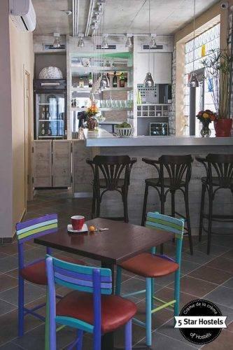 The coffee shop of Varad Inn