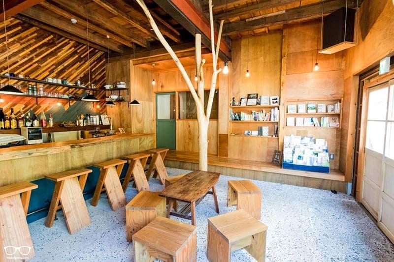 Coffee & Music Hostel LnK - Best Hostels in Japan