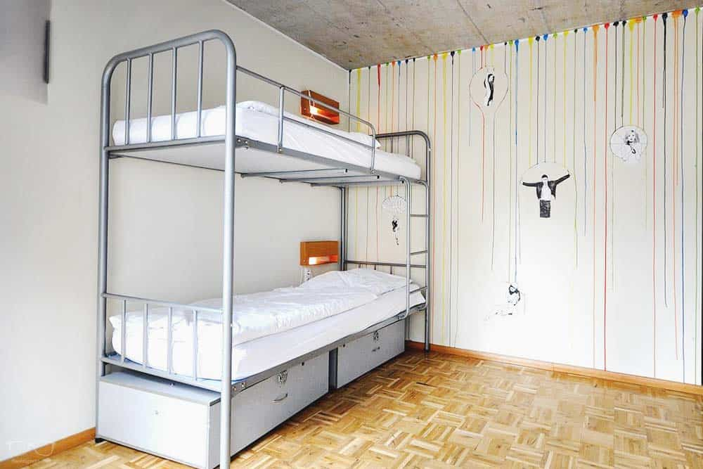 Best Hostel in Frankfurt: Five Elements