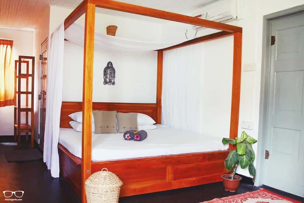 Private room with A/C at La Boheme, Unawatuna