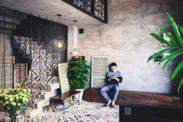 Memory Hostel in Da Nang - Fire-spitting Dragon and Million Tiles in Central Vietnam