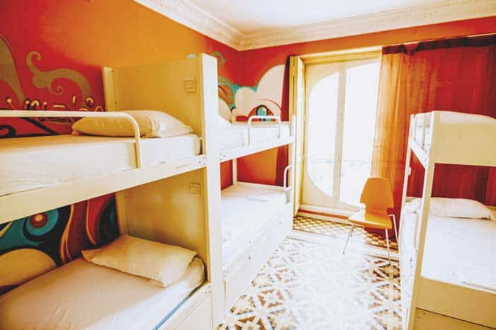 Party Hostel in Valencia: Red Nest Hostel