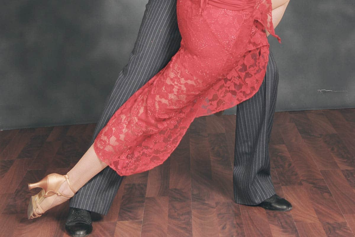 Learn how to dance Tango