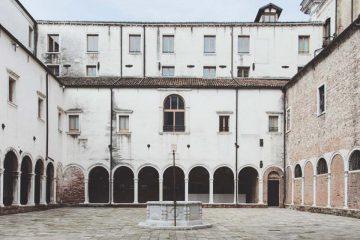 We Crociferi in Venedig - ein ehemaliges Kloster mit Kanalblick (und 5% Promo Code)