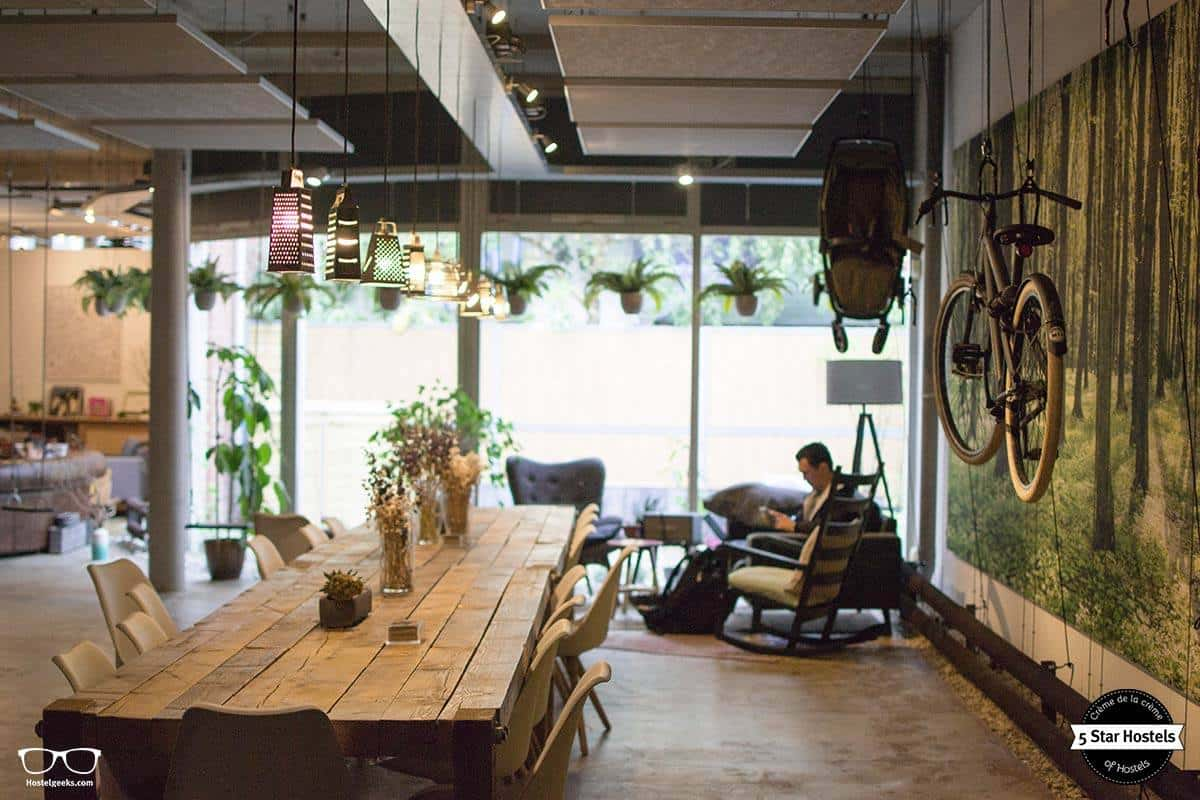 Das Wohnzimmer im Ecomama Hostel