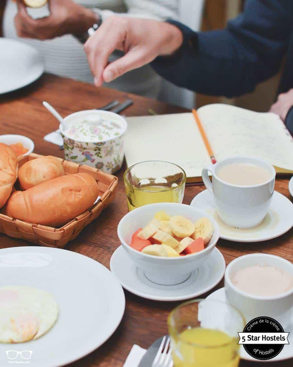 Breakfast time! Hobu Hostel Bogota, 5 Star Hostel in Colombia