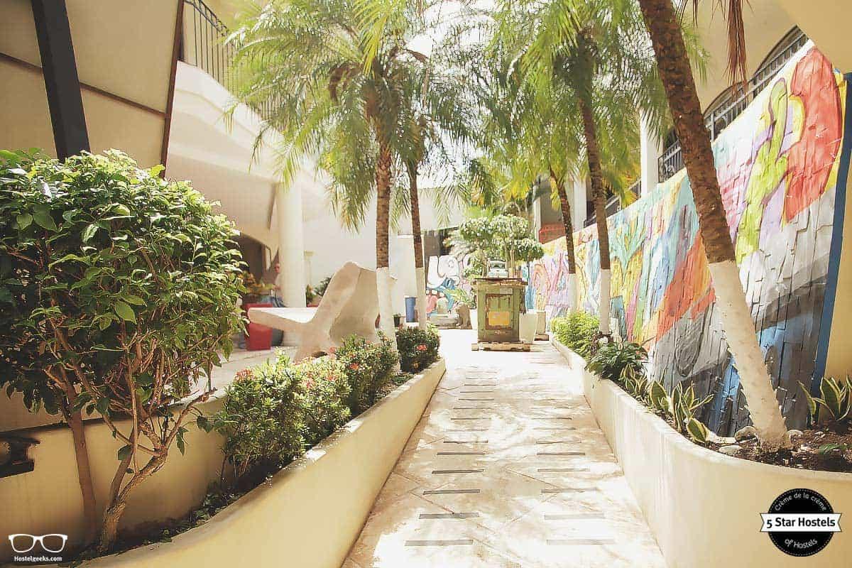 Welcome to Fauna Luxury Hostel Costa Rica