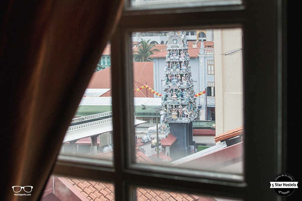 View from our dorm at Alder Luxury Hostel: Sri Mariamman Temple, Singapore