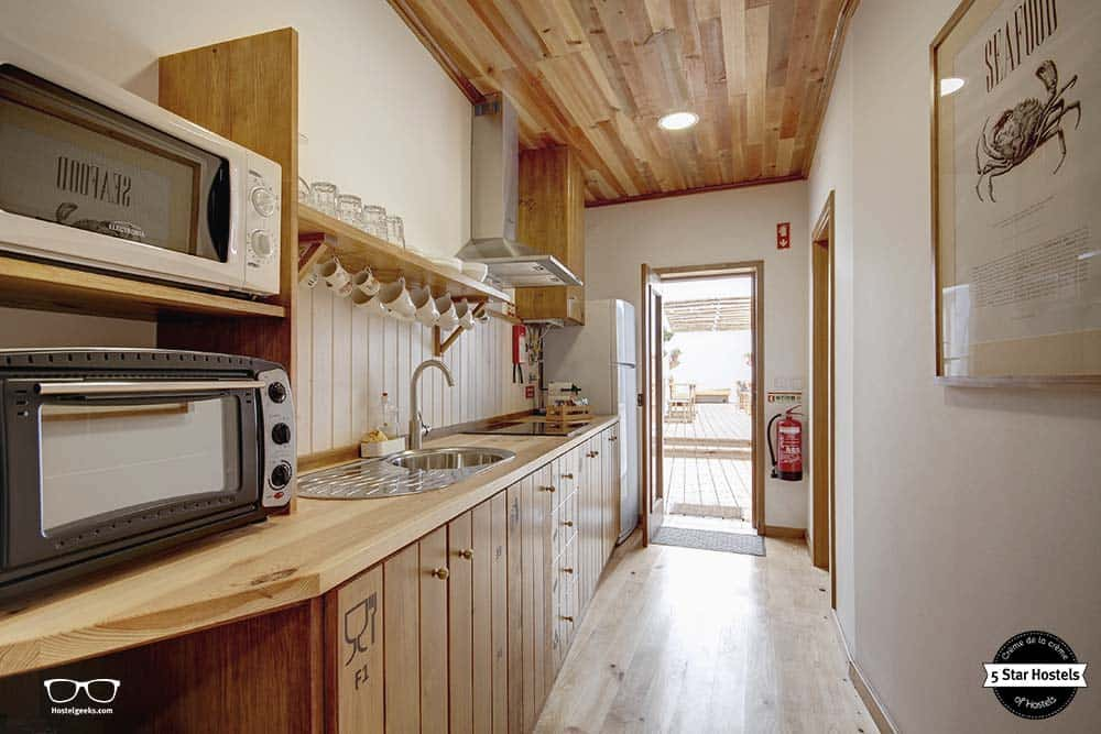 Cook up your own meals in the kitchen at Casatway Baleal