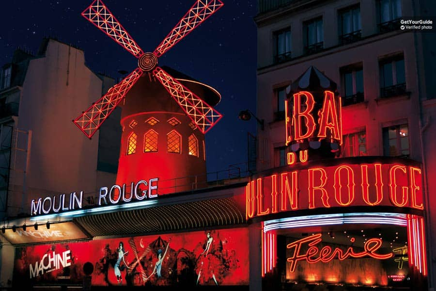 The famous Moulin Rouge from the outside