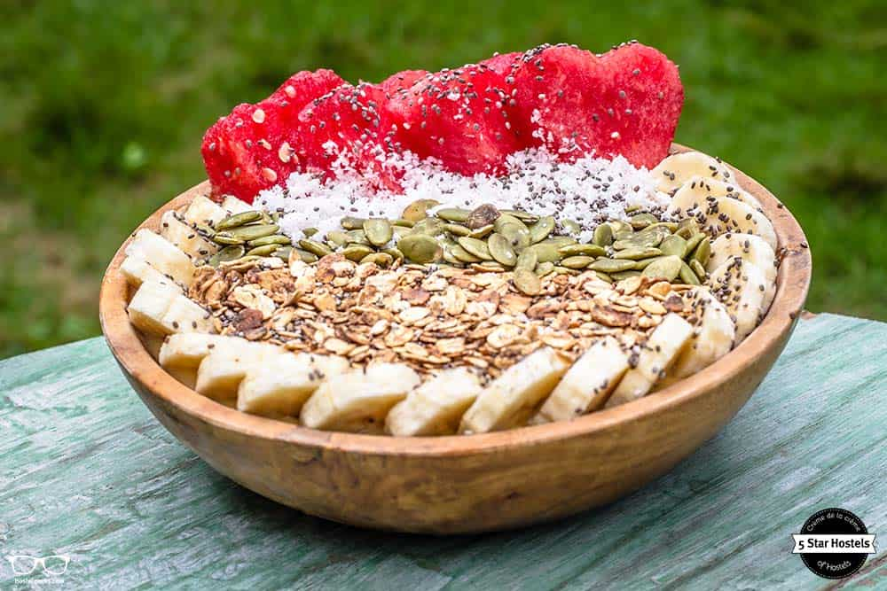 Fruit bowl and tasty food at Captain Coconuts