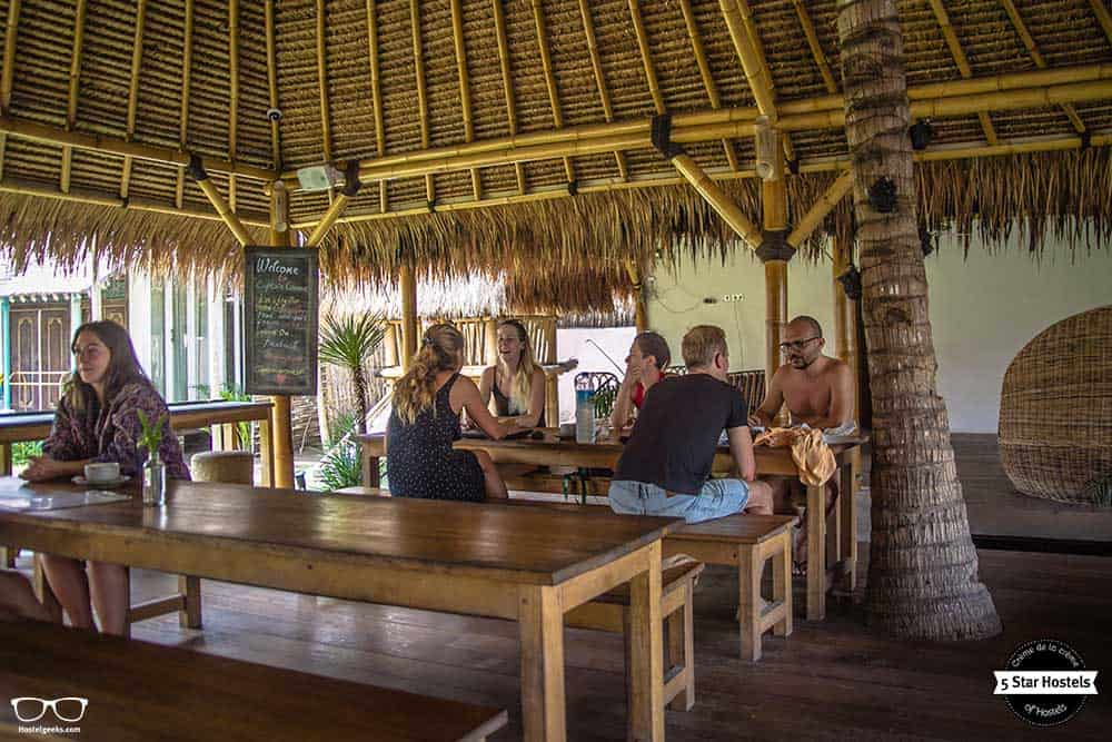Relaxing oasis at Captain coconuts
