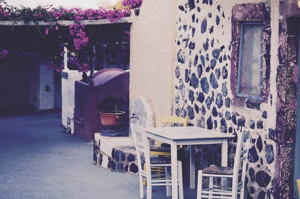 5 Star Hostel in Santorini