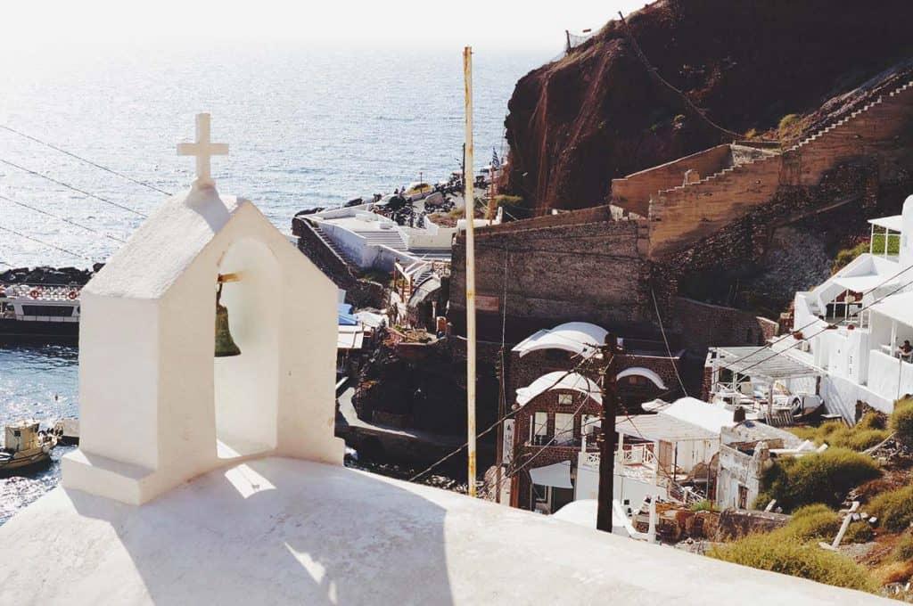 A budget guide to Santorini
