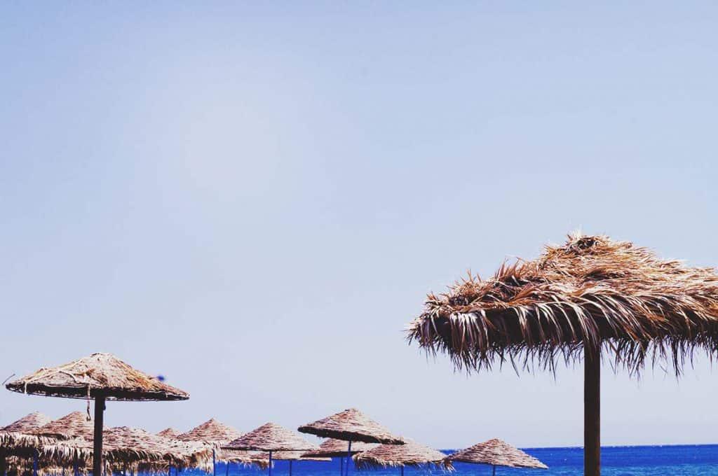 Against the heat in Santorini