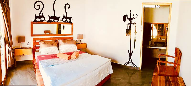 Double Room for couples at Dragon Dive Komodo Hostel