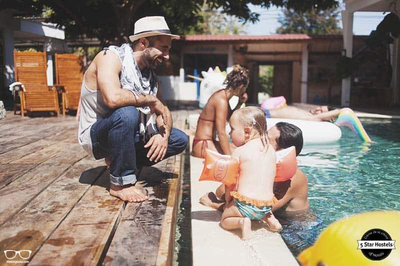 It's a family-friendly hostel - Dragon Dive Komodo Hostel
