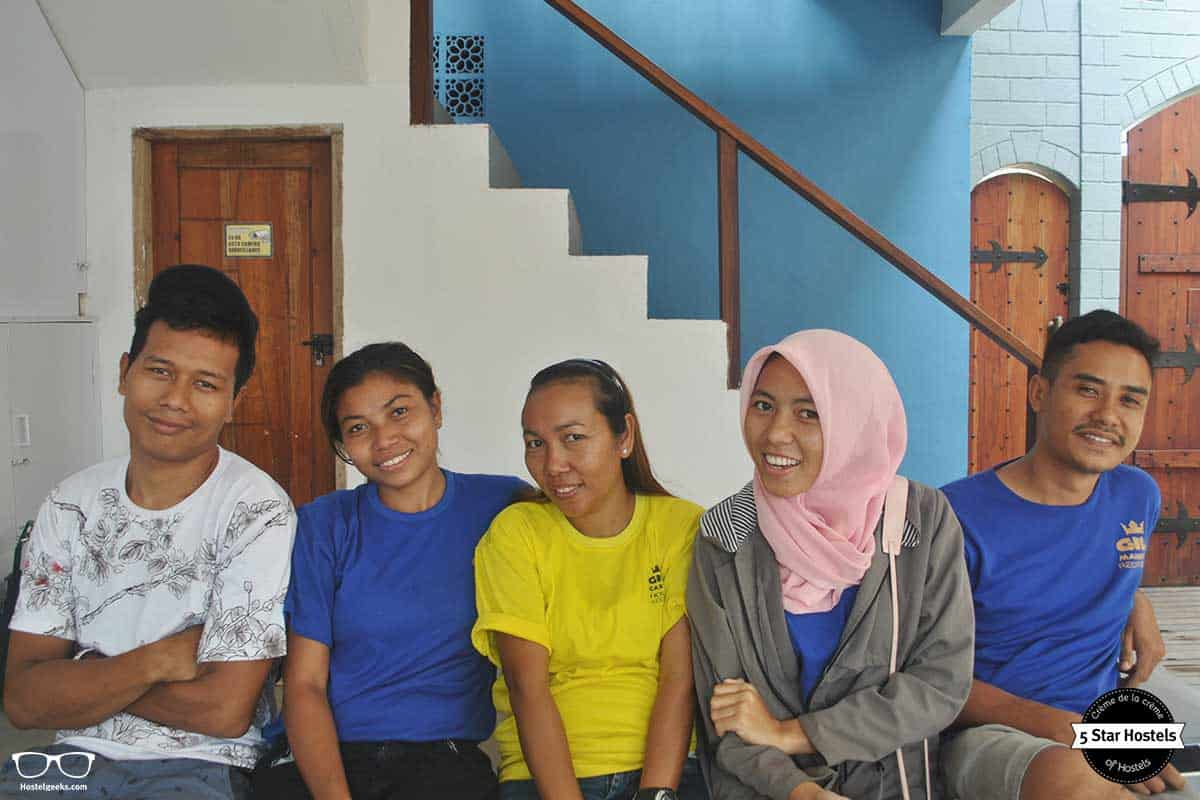Gili Mansion smiley staff
