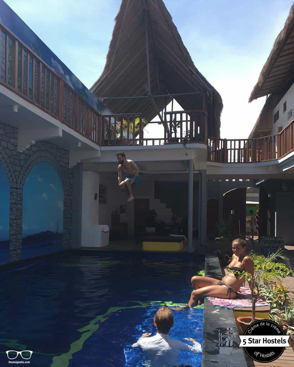 Jump in, Jump in! will you hear at Gili Mansion